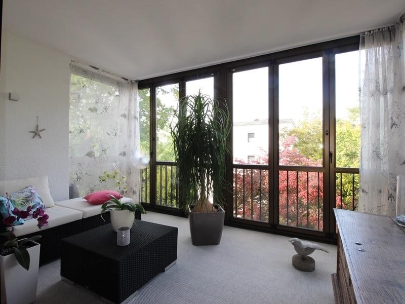 Attraktive, sehr gepflegte 2 ZKB Wohnung mit großer Loggia in gewachsener Lage von Ottobrunn - verglaste Loggia