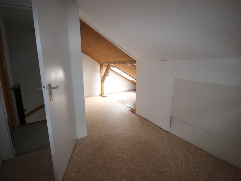 Renoviertes Reihenmittelhaus in Siegertsbrunn - Speicher DG