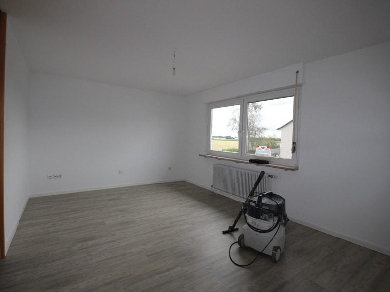 Renoviertes Reihenmittelhaus in Siegertsbrunn - Schlafzimmer