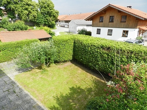 Große. familienfreundliche Doppelhaushälfte in Egmating - Garten