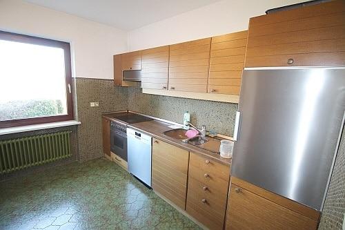 Große. familienfreundliche Doppelhaushälfte in Egmating - Küche