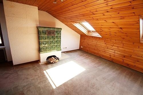 Große. familienfreundliche Doppelhaushälfte in Egmating - Dachstudio