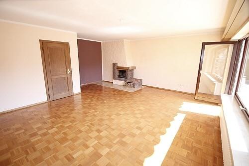 Große. familienfreundliche Doppelhaushälfte in Egmating - Wohnzimmer