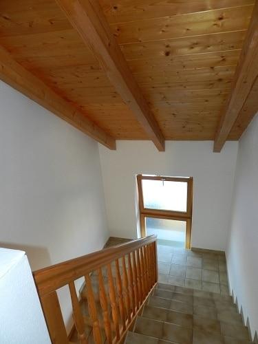 Große. helle Doppelhaushälfte mit Wintergarten in ruhiger Lage von Brunnthal / Faistenhaar - Treppe zum DG