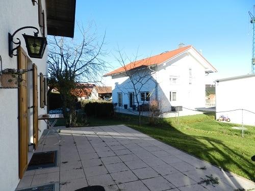 Große. helle Doppelhaushälfte mit Wintergarten in ruhiger Lage von Brunnthal / Faistenhaar - Garten