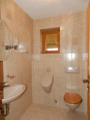 Große. helle Doppelhaushälfte mit Wintergarten in ruhiger Lage von Brunnthal / Faistenhaar - Gäste WC