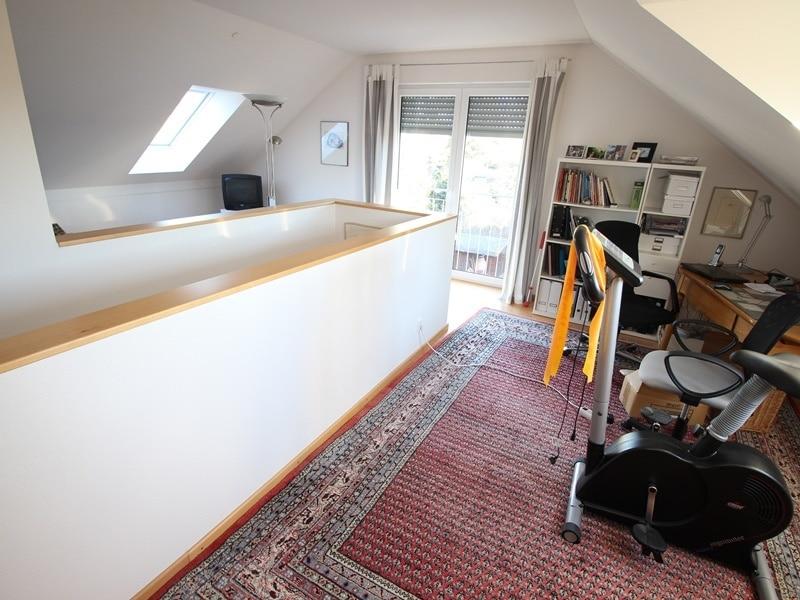 Neuwertige und außergewöhnliche Doppelhaushälfte in Ottobrunn - Dachstudio