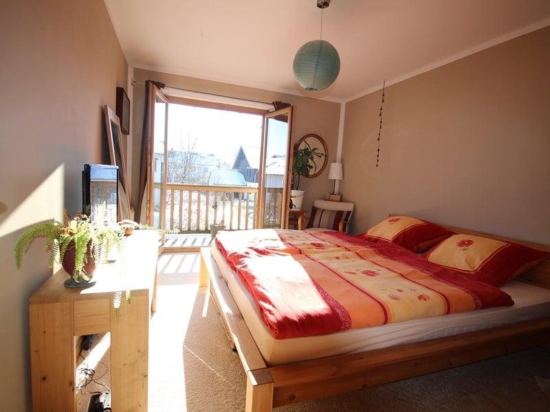 Familienfreundliche Doppelhaushälfte in Siegertsbrunn - Schlafzimmer