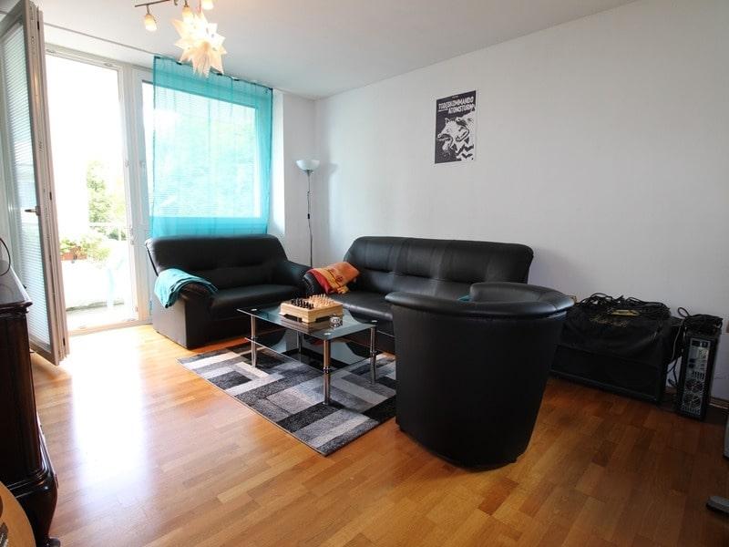 Attraktive 3,5 Zimmerwohnung mit Westbalkon in ruhiger Lage von Schwabing - Wohnzimmer