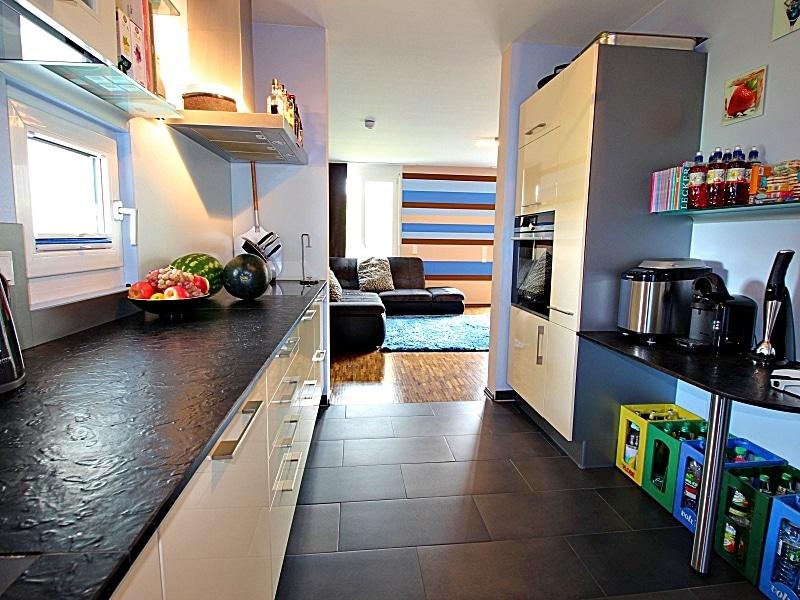 Neuwertiges REH mit großem Grundstück und unverbaubarem Blick in familienfreundlicher Lage von Höhenkirchen - Küche2