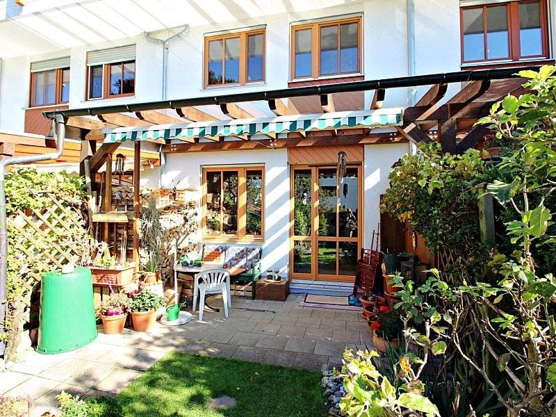 Wohnen wie in einem Haus: 3 Zimmer Gartenmaisonettewohnung mit super Ausstattung - Aussenansicht2