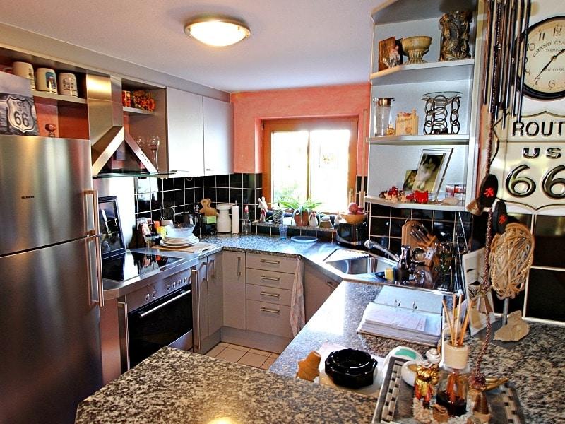 Wohnen wie in einem Haus: 3 Zimmer Gartenmaisonettewohnung mit super Ausstattung - Küche