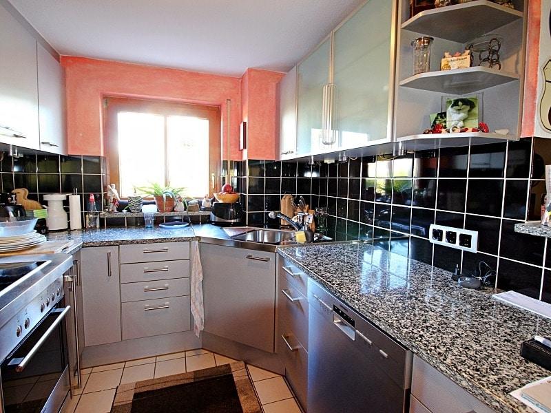 Wohnen wie in einem Haus: 3 Zimmer Gartenmaisonettewohnung mit super Ausstattung - Küche1