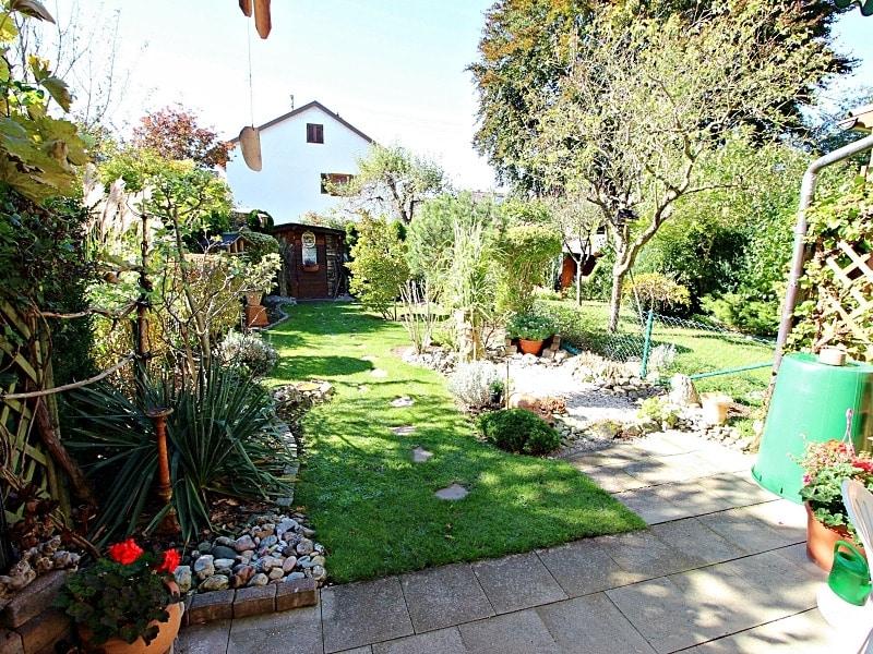 Wohnen wie in einem Haus: 3 Zimmer Gartenmaisonettewohnung mit super Ausstattung - Westgarten