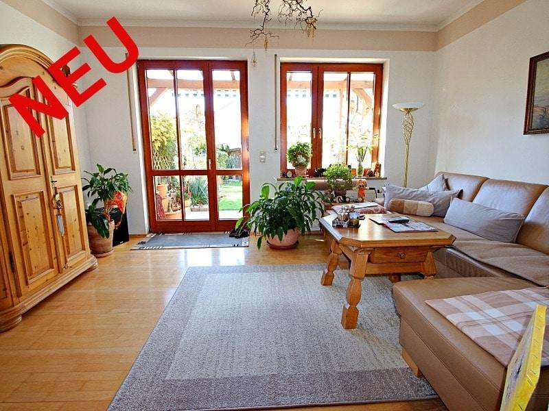 Wohnen wie in einem Haus: 3 Zimmer Gartenmaisonettewohnung mit super Ausstattung - Wohnzimmer_neu