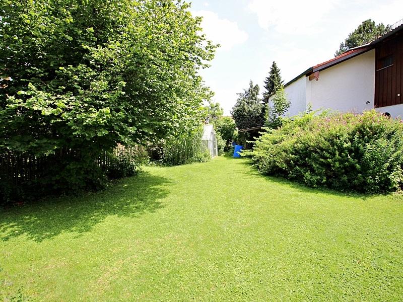 Handwerker aufgepasst: DHH mit großem Grundstück im Ortszentrum von Höhenkirchen - Garten