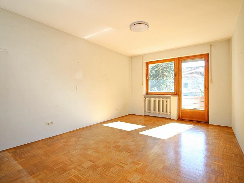 Sehr gepflegte, große DHH auf großem Südgrundstück in traumhafter, ruhiger Lage von Neubiberg - Schlafzimmer