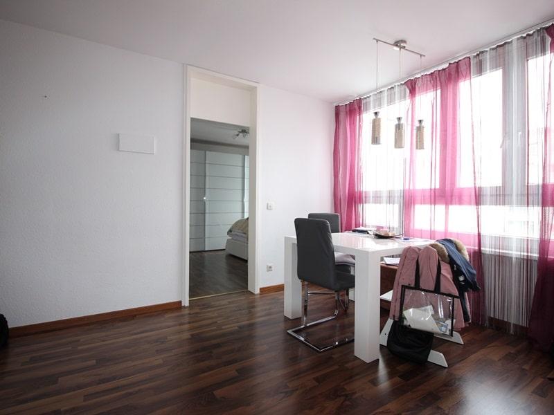 Vermietete, attraktive 3 Zimmerwohnung mit Südbalkon in ruhiger Lage von Ottobrunn - Essecke