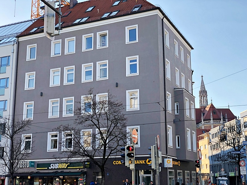 Große 2,5 ZKB direkt am Tegernseer Platz in Giesing - Aussenansicht