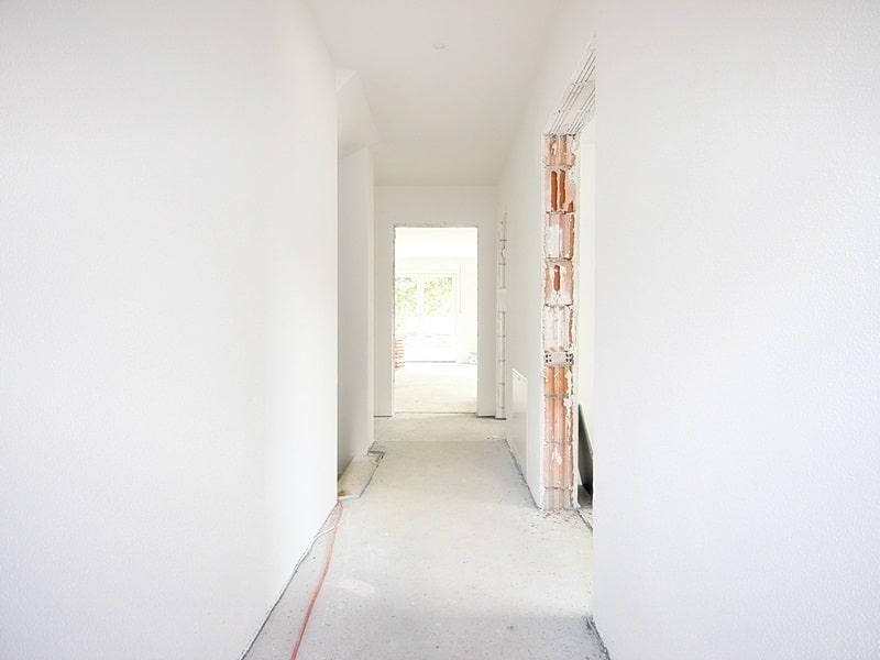 Erstbezug: 3 Zimmer Maisonettewohnung mit Garten in ruhiger Lage von Höhenkirchen - Eingangsdiele