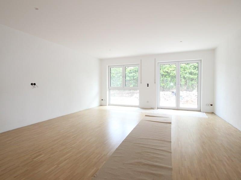 Erstbezug: 3 Zimmer Maisonettewohnung mit Garten in ruhiger Lage von Höhenkirchen - Wohn- Essbereich