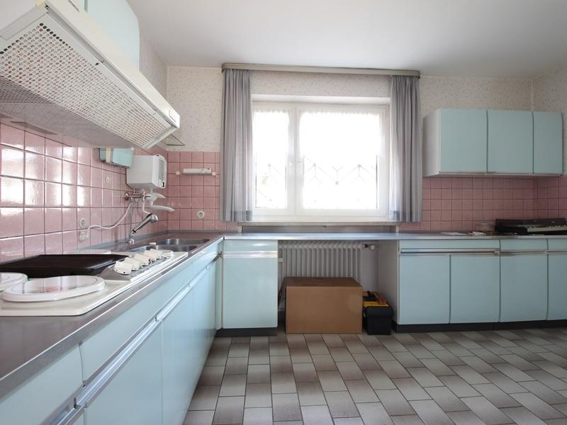 Renovierungsbedürftige DHH auf großem Erbbaurechtsgrundstück in ruhiger Lage von Riemerling - Küche