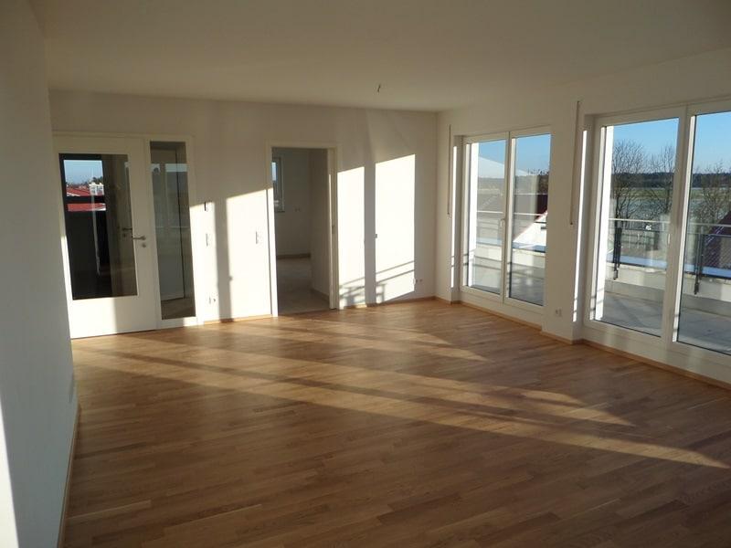 Perfekte 3 Zimmer-Dachterrassenwohnung in Höhenkirchen-Siegertsbrunn - Wohnraum