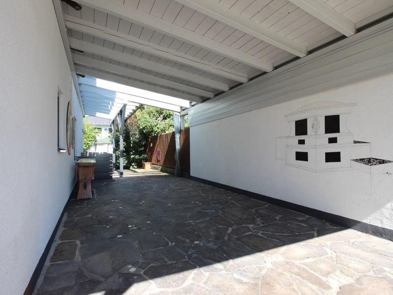Großzügige Doppelhaushälfte mit eingewachsenem Garten in bevorzugter Lage von Waldtrudering - Carport