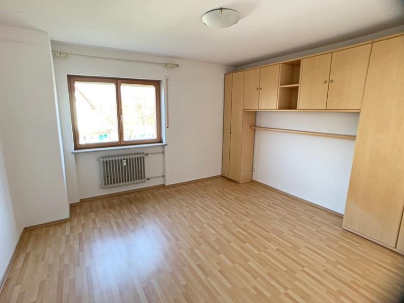 Ruhige, helle 2,5 Zimmerwohnung mit Südwest-Balkon in zentraler Lage von München / Ramersdorf - Schlafzimmer