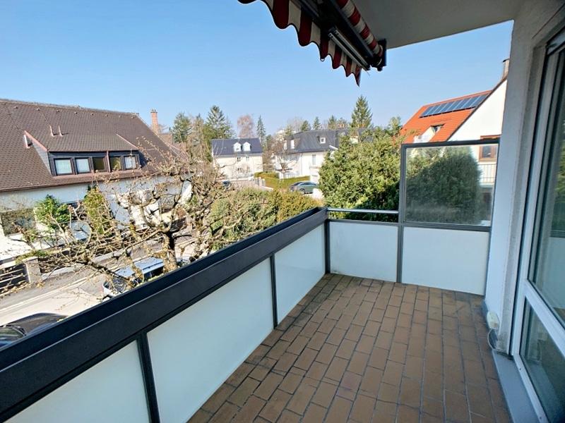 Ruhige, helle 2,5 Zimmerwohnung mit Südwest-Balkon in zentraler Lage von München / Ramersdorf - Balkon