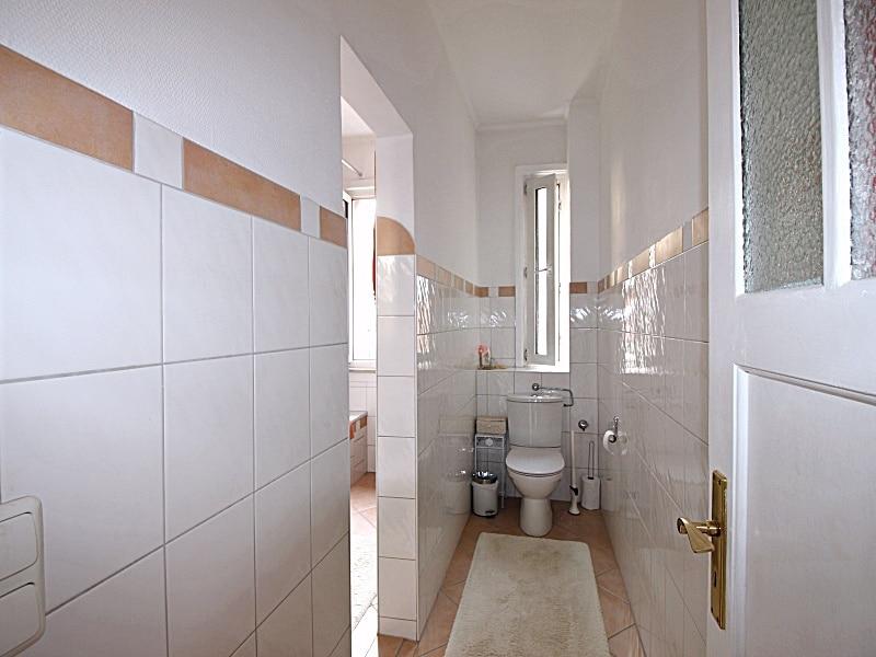 2 Zimmer XXL Wohnung direkt am Tegernseer Platz in Obergiesing zum 01.11.2020 - Toilette