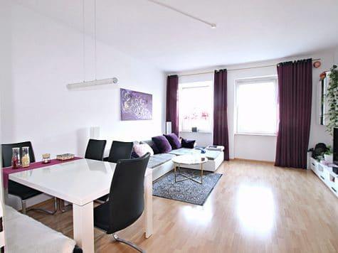 2 Zimmer XXL Wohnung direkt am Tegernseer Platz in Obergiesing zum 01.11.2020, 81541 München, Etagenwohnung