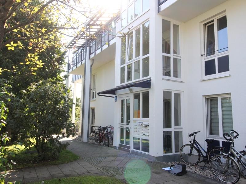 Gemütliche 3 Zimmer Dachgeschosswohnung in Neubiberg - Außenbild