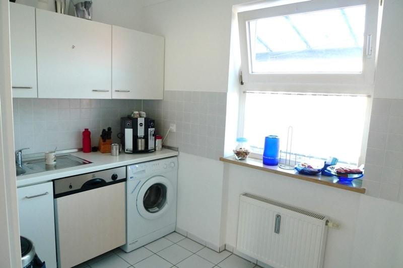 Gemütliche 3 Zimmer Dachgeschosswohnung in Neubiberg - Küche