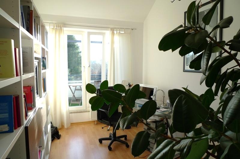 Gemütliche 3 Zimmer Dachgeschosswohnung in Neubiberg - Arbeitszimmer