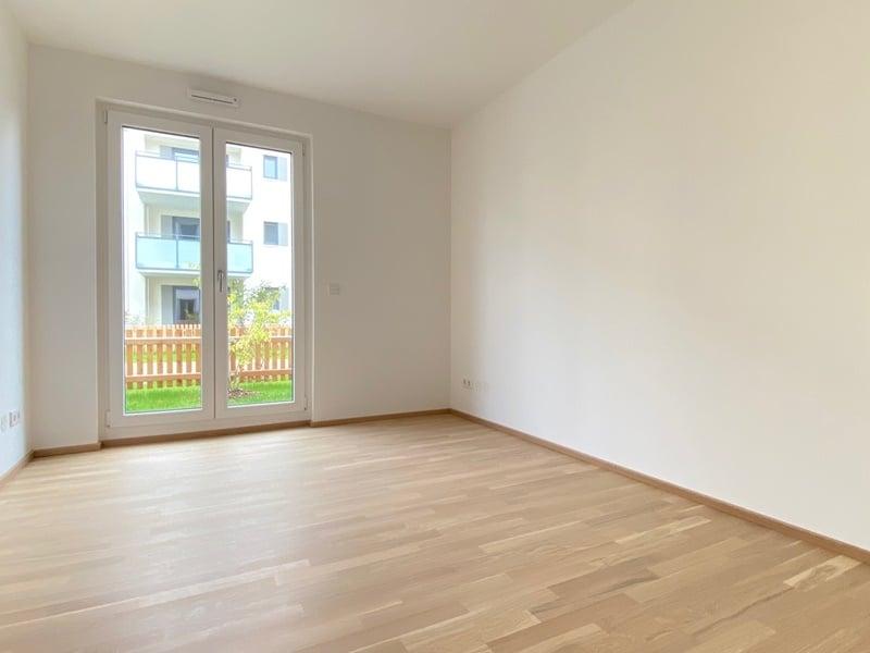 Erstbezug - Attraktive 3 ZKB Gartenwohnung mit 2 Bädern und EBK in Höhenkirchen - Kinderzimmer