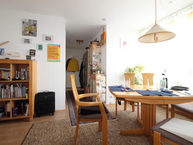 Helle, gepflegte 3 ZKB Wohnung mit Westbalkon in Ottobrunn - Essbereich