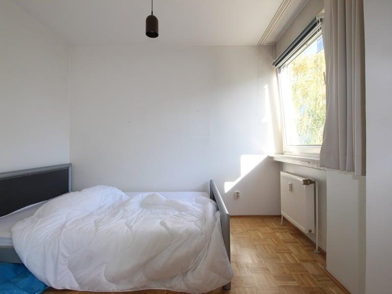 Kapitalanleger aufgepasst: Attraktives 1 ZKB Appartment mit Balkon in ruhiger, grüner Lage von Ottobrunn - Schlafnische
