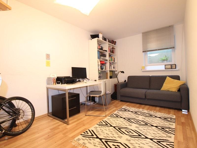 Großzügige 4 Zimmer Erdgeschosswohnung mit zusätzlich 2 Hobbyräumen in Grasbrunn / Neukeferloh - Arbeitszimmer UG