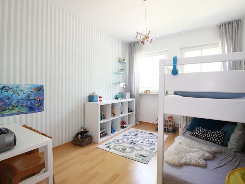 Großzügige 4 Zimmer Erdgeschosswohnung mit zusätzlich 2 Hobbyräumen in Grasbrunn / Neukeferloh - Kinderzimmer 3