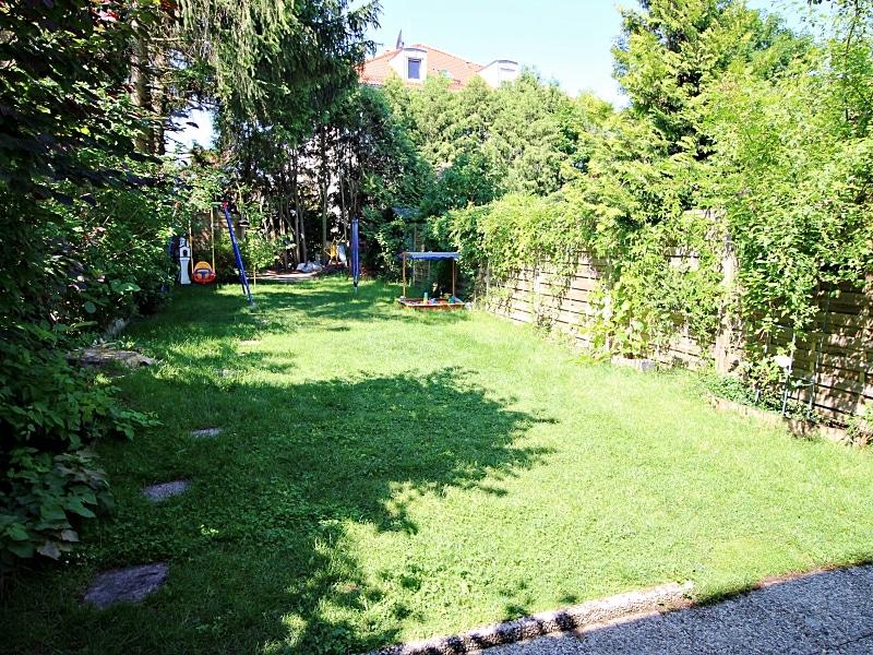 Modernisiertes Reihenmittelhaus in Riemerling mit günstigem Erbbauzins - Garten