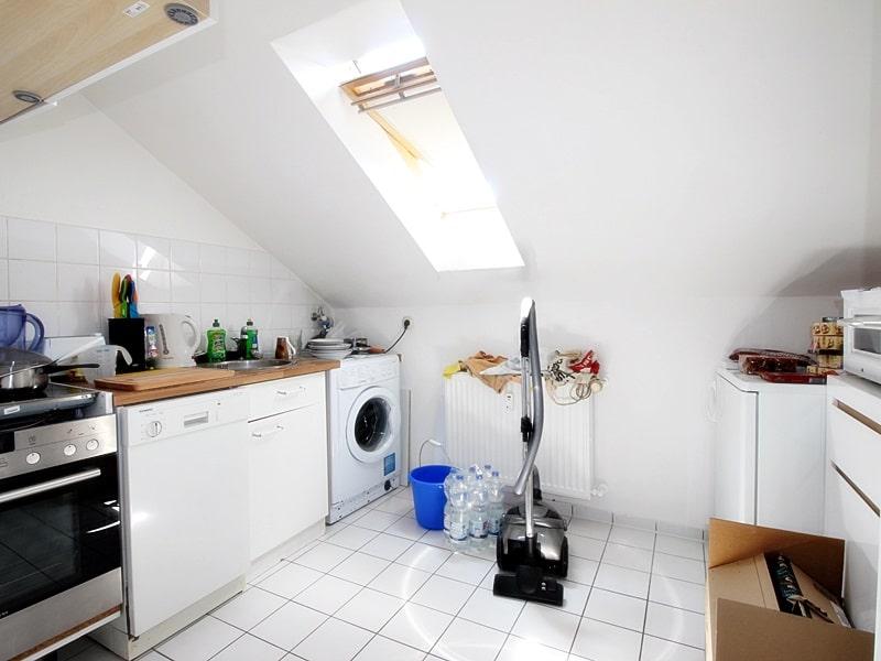 Für Kapitalanleger - Vermietete 1 ZKB Dachgeschosswohnung in ruhiger Lage von Höhenkirchen - Küche