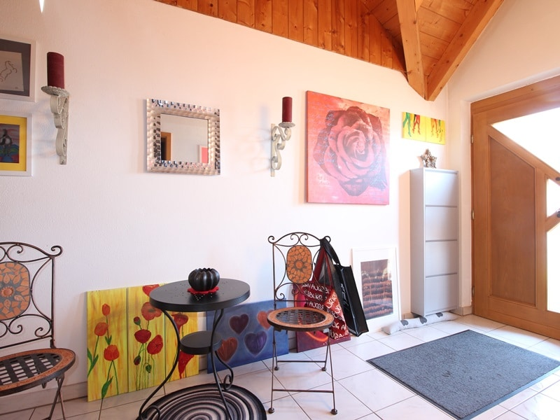 Großzügige 3 ZKB Galeriewohnung in ruhiger Ortsrandlage von Brunnthal / Hofolding - Diele