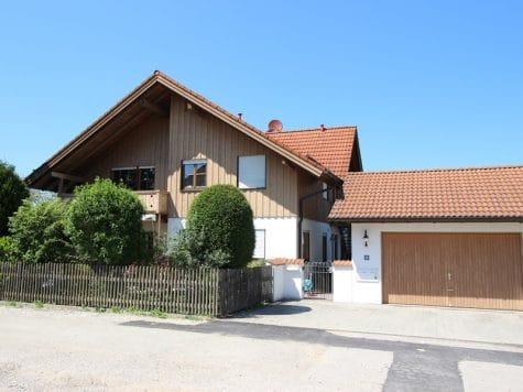 Großzügige 3 ZKB Galeriewohnung in ruhiger Ortsrandlage von Brunnthal / Hofolding, 85649 Brunnthal, Etagenwohnung
