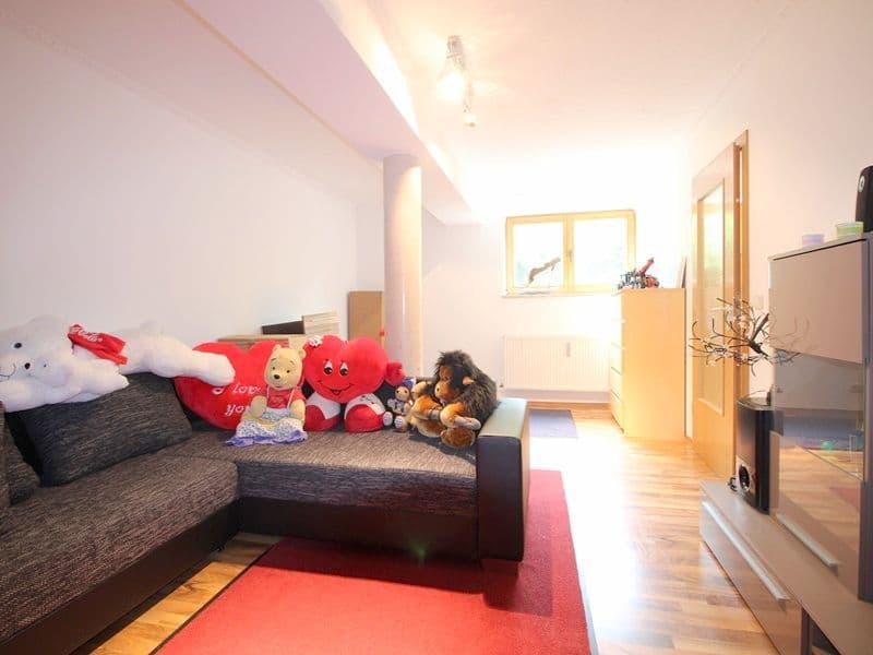 Attraktive große 3,5 ZKB Gartenwohnung plus Hobbyraum in Pliening / Gelting - Hobbyraum