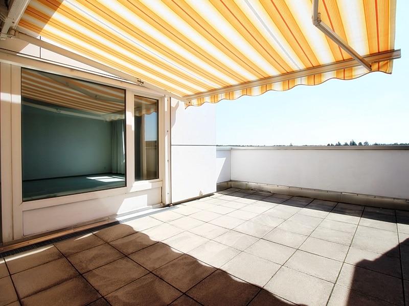 Traumhafter Panoramablick: XXL 2,5ZKB Dachterrassen Wohnung für Singles / Paare in ruhiger Lage von Ottobrunn - DT mit Markise