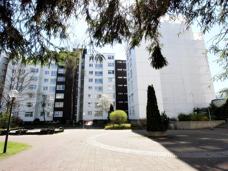 Traumhafter Panoramablick: XXL 2,5ZKB Dachterrassen Wohnung für Singles / Paare in ruhiger Lage von Ottobrunn - Rückansicht