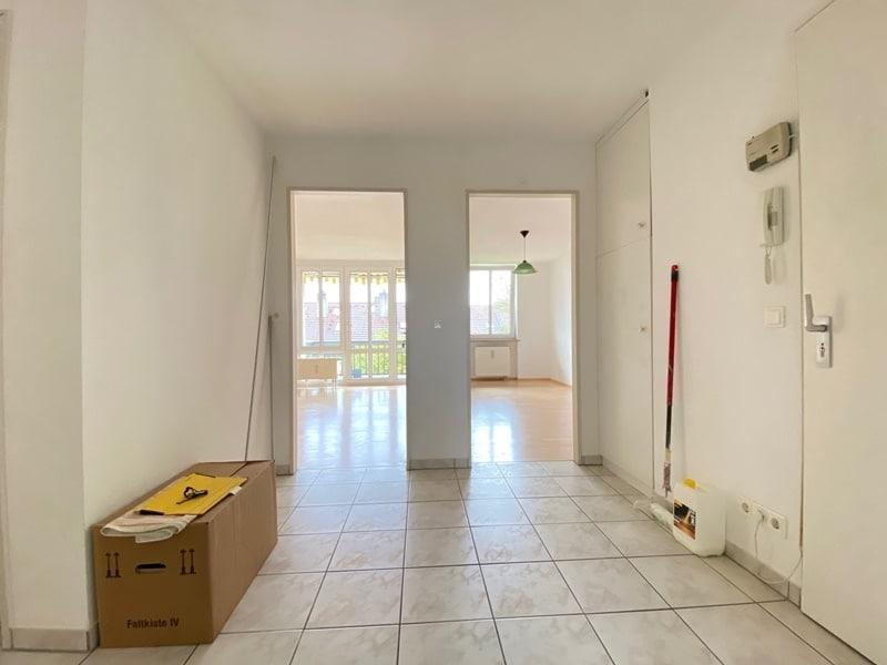 Attraktive, helle 3 Zimmerwohnung in ruhiger, zentraler Lage von Höhenkirchen - Diele