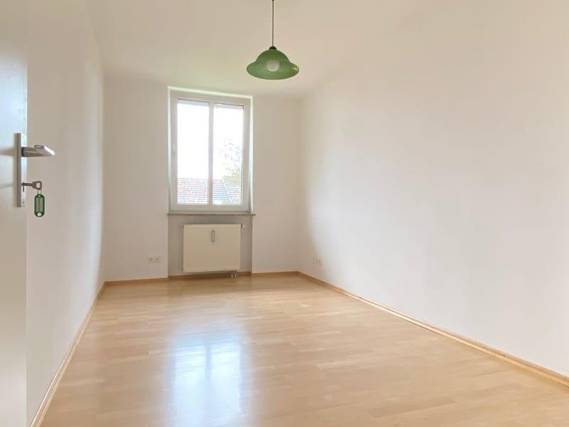 Attraktive, helle 3 Zimmerwohnung in ruhiger, zentraler Lage von Höhenkirchen - Kinderzimmer