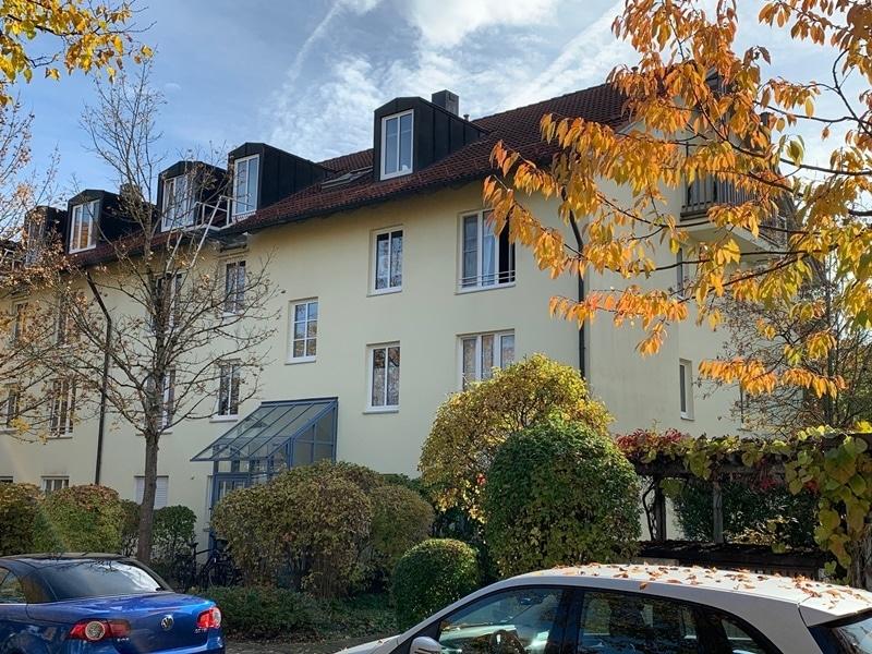 Attraktive, helle 3 Zimmerwohnung in ruhiger, zentraler Lage von Höhenkirchen - Außenansicht
